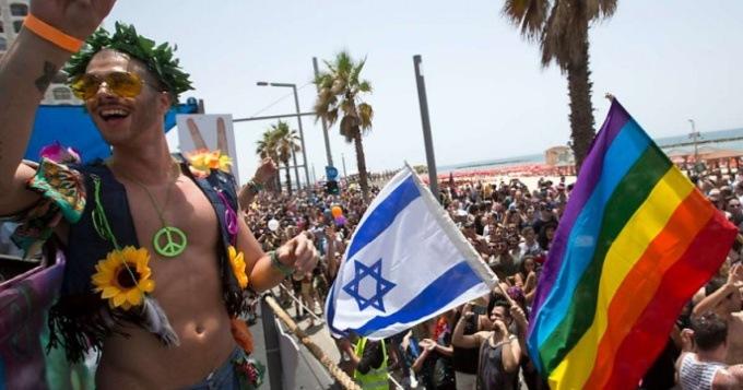 Израильский раввин считает, что вакцинация может привести к гомосексуализму